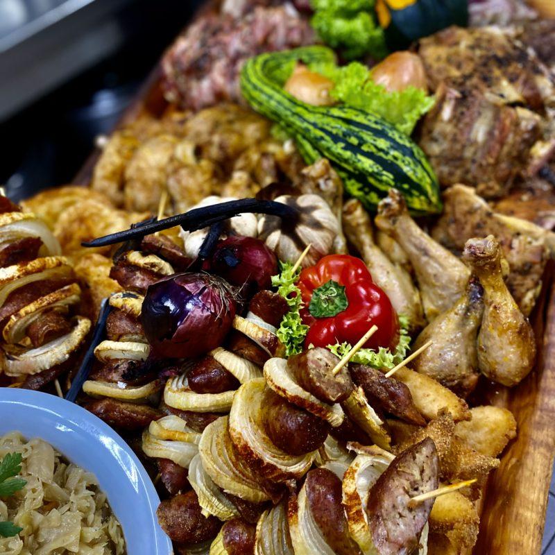 Zestawy obiadowe i patery biesiadne